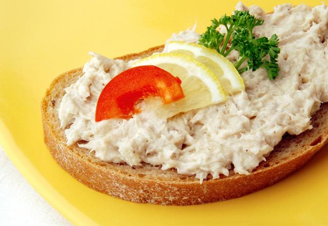 A tuna fish sandwich